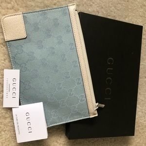 Gucci small flat pouch